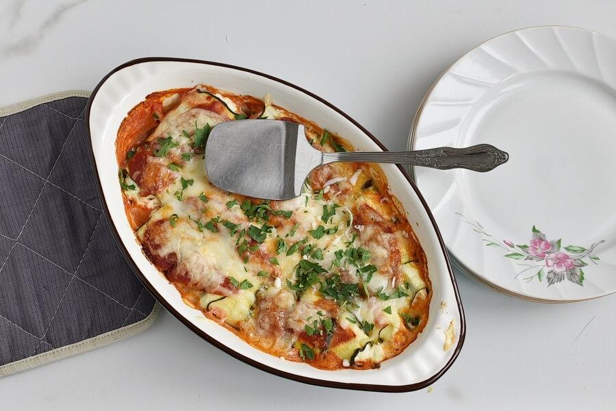 How to serve Zucchini Manicotti