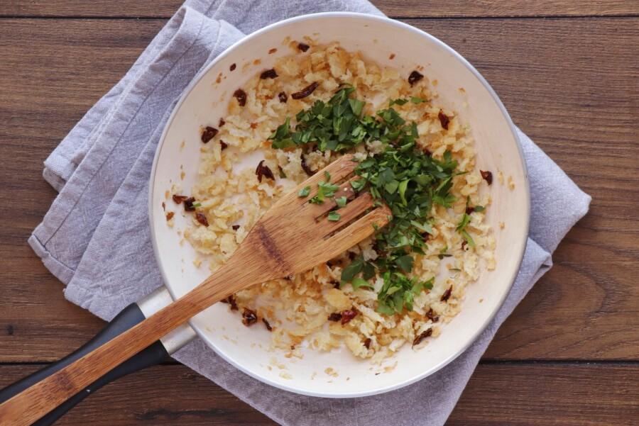 15 Minute Tuna Pasta with Pangrattato recipe - step 5