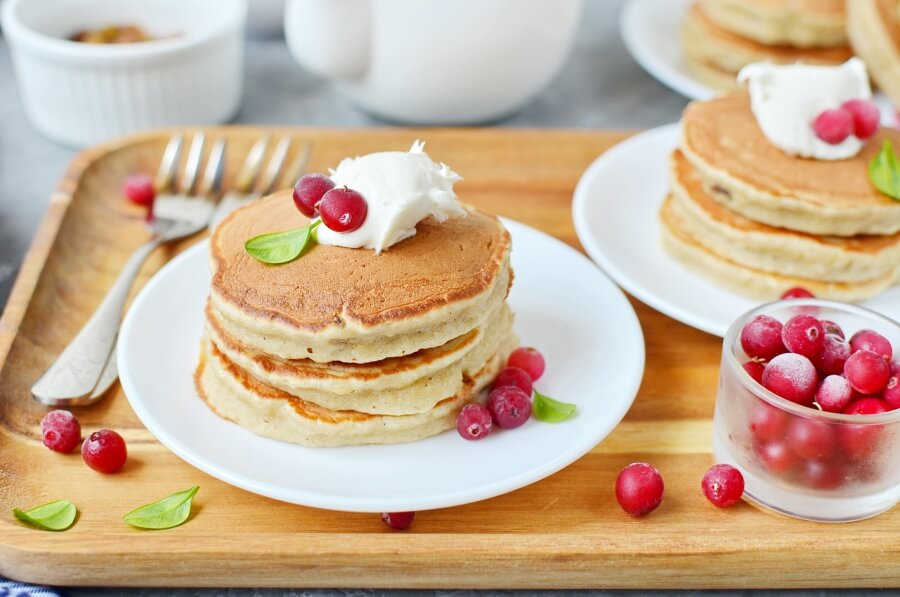 How to serve Apple Sultana Pancakes
