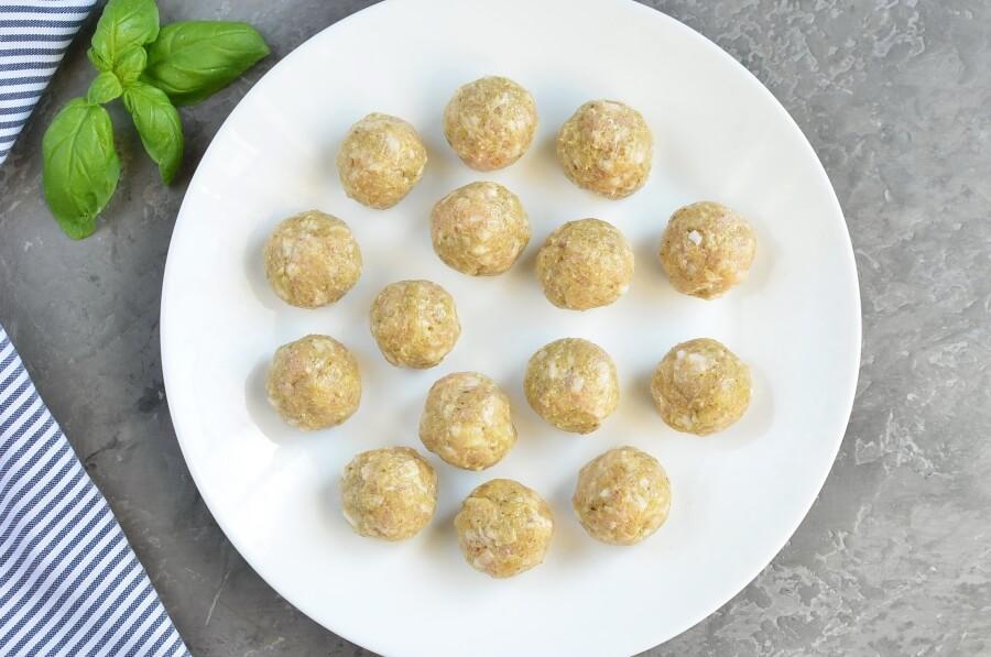 Chicken Pesto Meatballs recipe - step 3