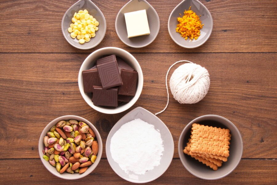 Chocolate Salami Recipe-No-Bake Chocolate Salami-Chocolate Dessert Salame