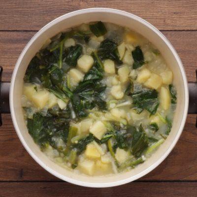 Creamy Wild Garlic Soup with Veggie Chips recipe - step 7