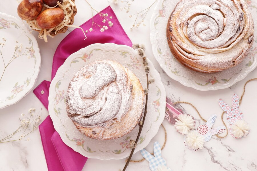 How to serve Easter Bread: Kulich-Cruffin