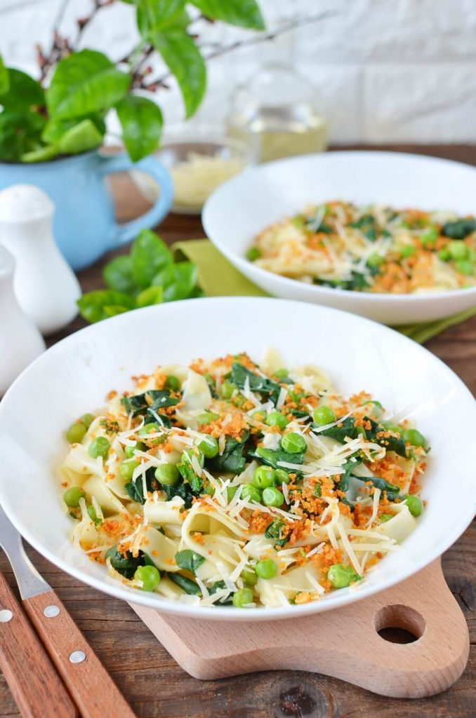 Easy Pea & Spinach Carbonara