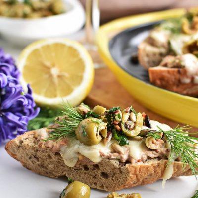 Easy-Peasy Cheesy Tuna Melts With Olive Salsa Recipes-Homemade Easy-Peasy Cheesy Tuna Melts With Olive Salsa-Easy-Peasy Cheesy Tuna Melts With Olive Salsa