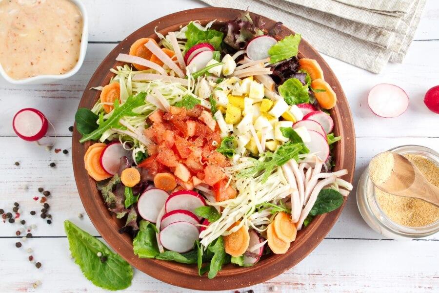 Garden-Fresh Chef Salad recipe - step 2