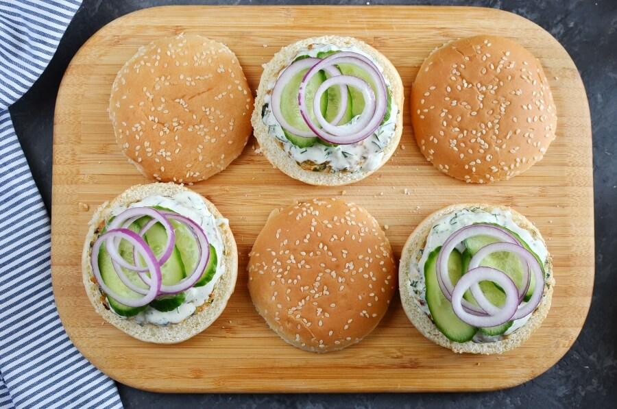 Greek Turkey Burgers recipe - step 5