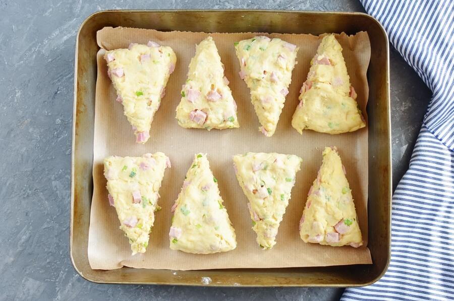 Ham and Cheese Scones recipe - step 7