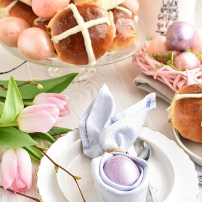 Hot Cross Buns Recipes-Homemade Hot Cross Buns-Easy Hot Cross Buns