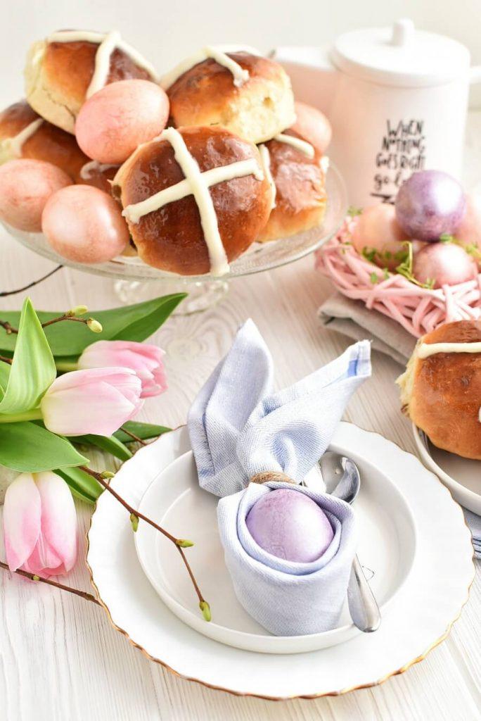 Hot Cross Buns Recipes-Homemade Hot Cross Buns-Easy Hot Cross Buns