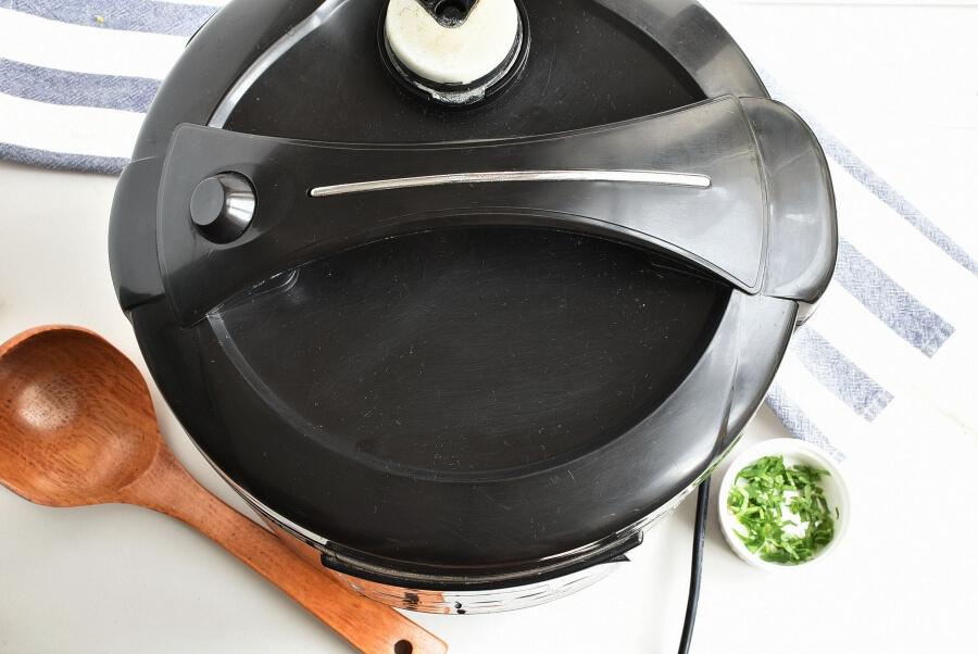 Instant Pot Vegetable Soup recipe - step 4