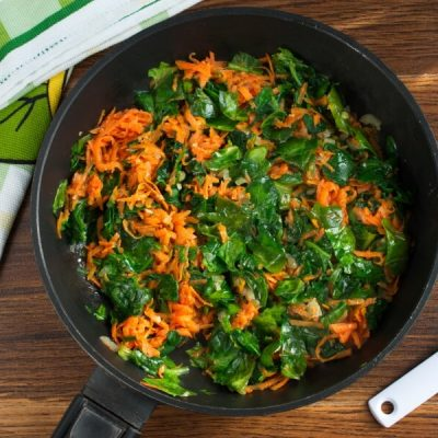 Millet Cakes with Carrots & Spinach recipe - step 4