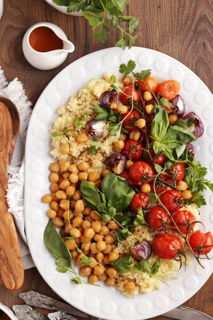 Millet with Roasted Tomatoes and Chickpeas Recipe-Vegan Millet with Roasted Tomatoes and Chickpeas-Healthy Vegan Dinner with Millet