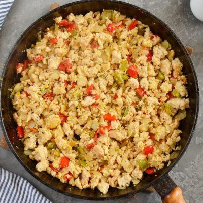 Quinoa Unstuffed Peppers recipe - step 3