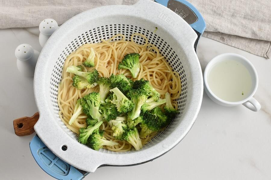 Spaghetti Con Broccoli recipe - step 3