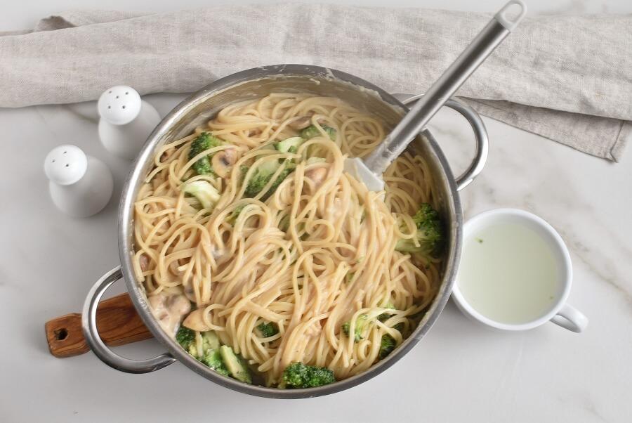 Spaghetti Con Broccoli recipe - step 7