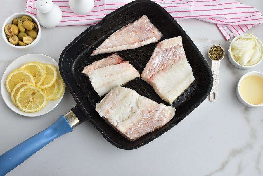 Stuffed-Olive Cod recipe - step 1