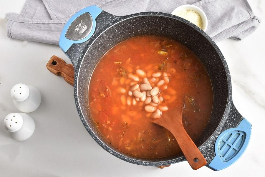 White Bean Soup with Escarole recipe - step 5