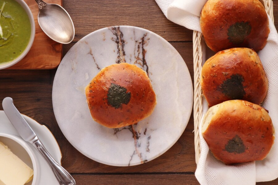 How to serve Wild Nettle Bread