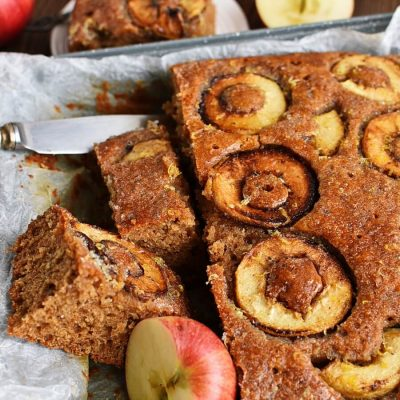 Apple, Cinnamon and Ginger Drizzle Cake Recipes–Homemade Apple, Cinnamon and Ginger Drizzle Cake–Delicious Apple, Cinnamon and Ginger Drizzle Cake