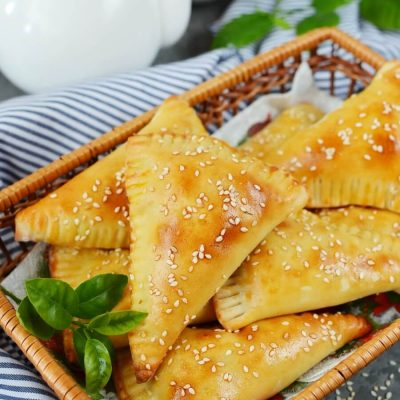 Beef and Cheese Empanada Recipe-How To Make Beef and Cheese Empanada-Delicious Beef and Cheese Empanada