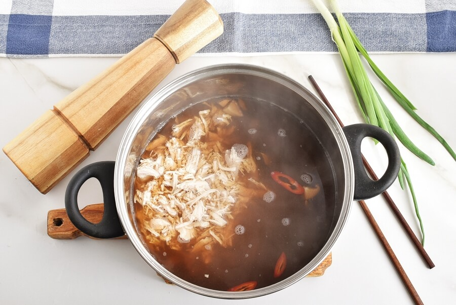Brothy Poached Chicken with Mushrooms recipe - step 6