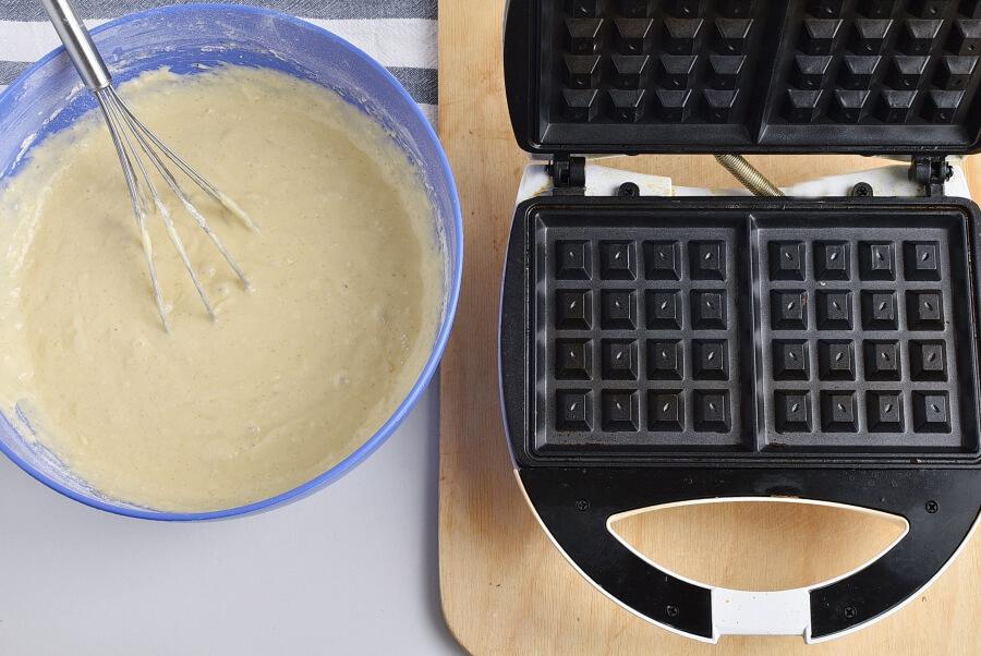 Churro Waffles recipe - step 4