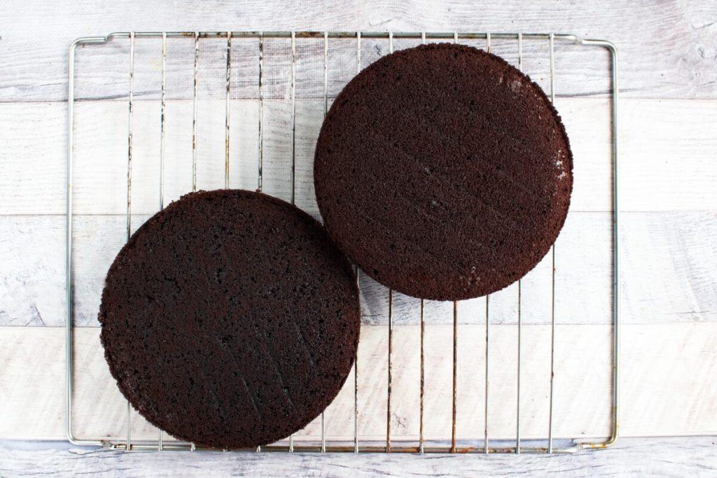 Classic Devil's Food Cake recipe - step 8