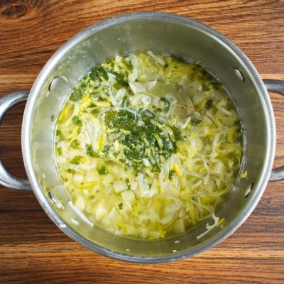 Creamy Vegan Potato Leek Soup recipe - step 4
