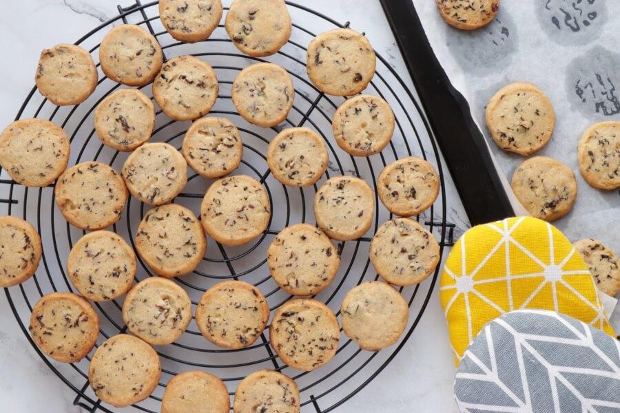 Glazed Hibiscus Shortbread Cookies recipe - step 12