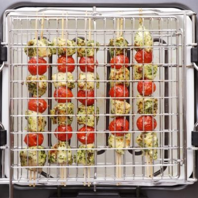 Grilled Chicken and Tomato Kebabs recipe - step 5