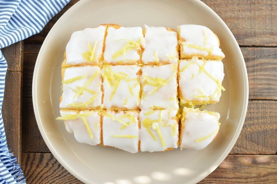 How to serve Lemon Drizzle Slices