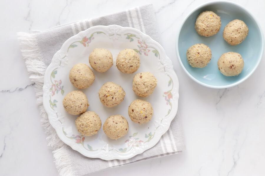 Lemon Millet Bliss Balls recipe - step 3