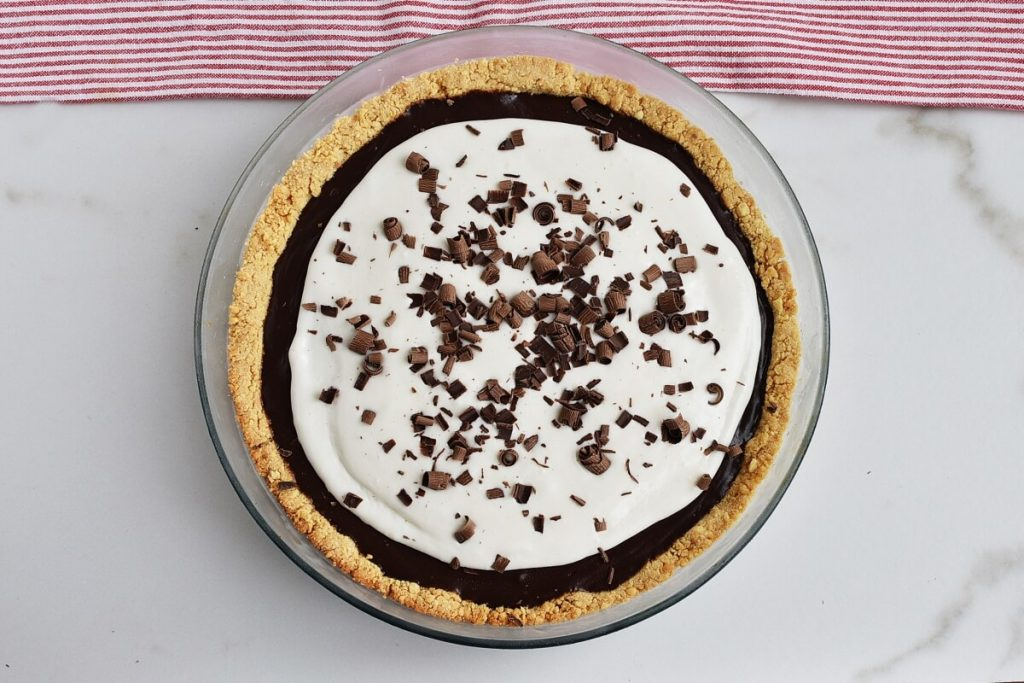 How to serve Mexican Hot Chocolate Pie