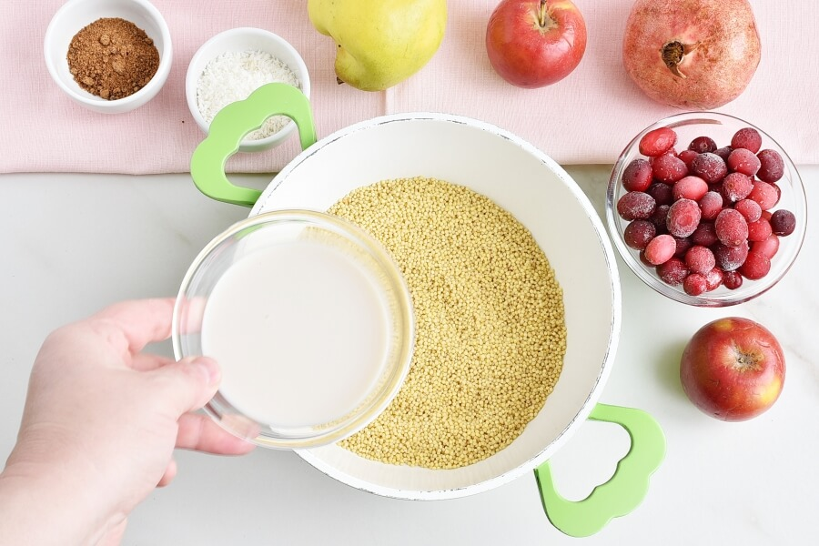 Millet Porridge with Cranberries and Quince recipe - step 1