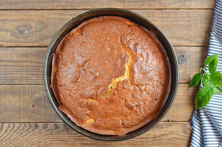 Pineapple & Coconut Cake recipe - step 8