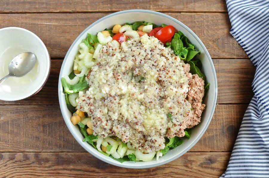 Quinoa, Tuna, and Chickpea Salad recipe - step 5