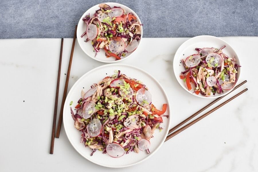 How to serve Red Cabbage Salad with Shredded Chicken