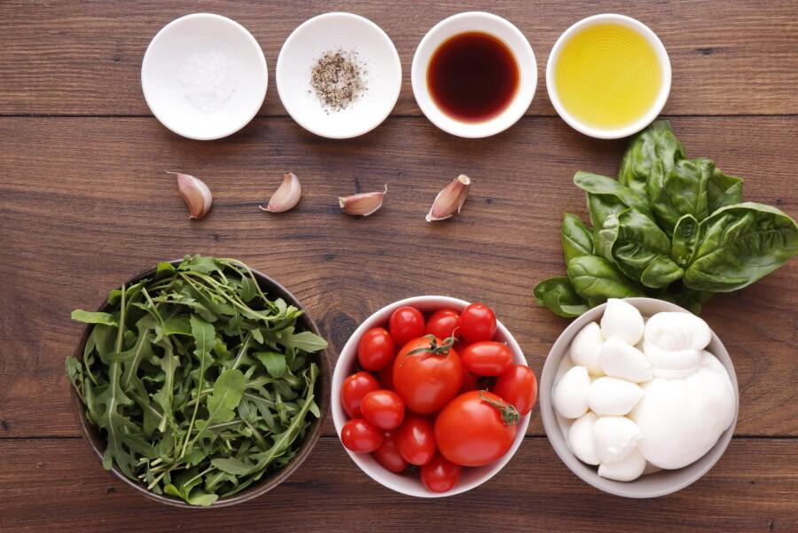 Ingridiens for Roasted Tomato and Burrata Caprese Salad