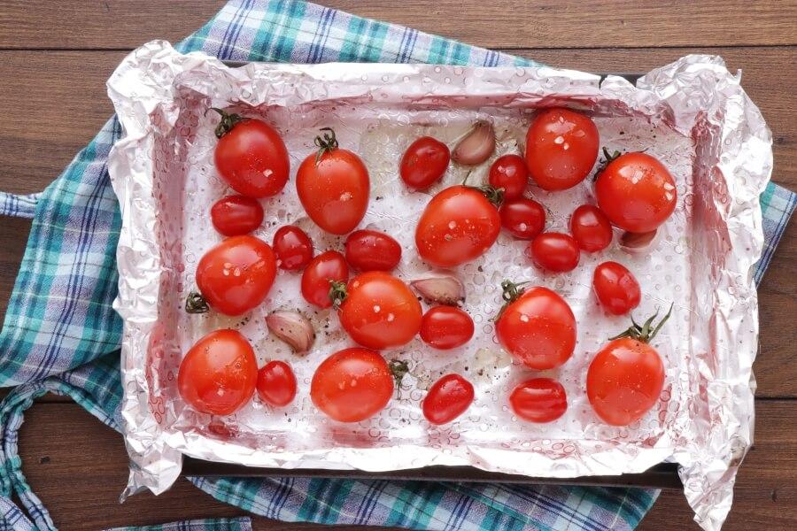 Roasted Tomato and Burrata Caprese Salad recipe - step 2