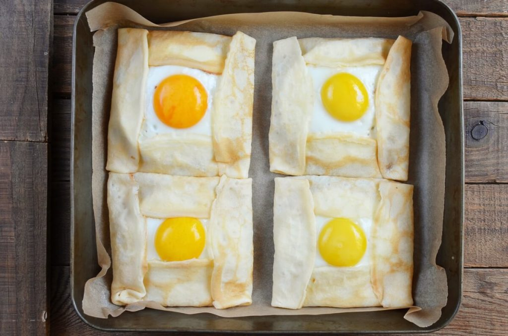 Savory Breakfast Crepe Pockets recipe - step 6