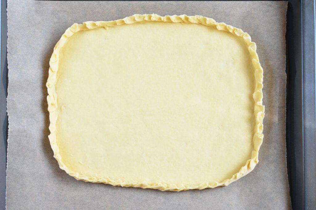 Smoky Cheese  & Onion Tart recipe - step 5