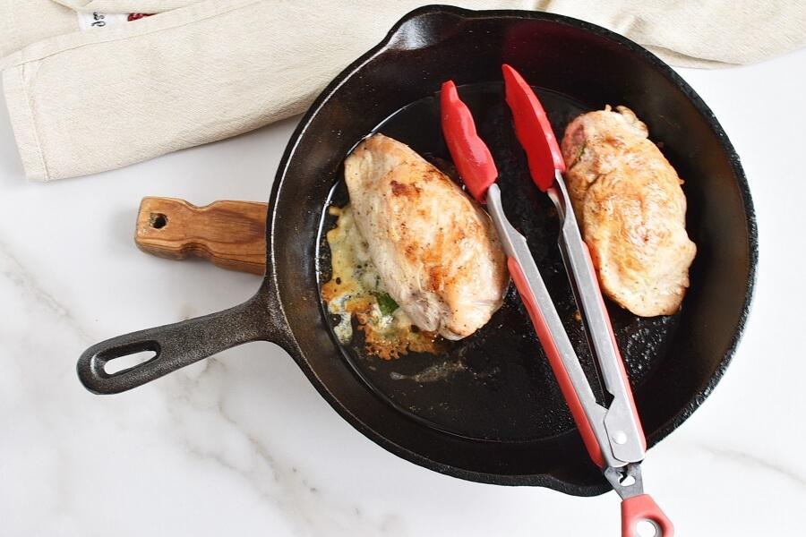 Sun-Dried Tomato and Cheese Stuffed Chicken recipe - step 5