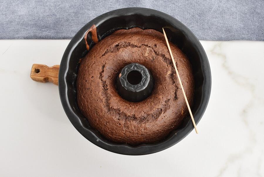 Vegan Mexican Chocolate Cake recipe - step 5