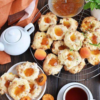 Apricots & Cream Thumbprint Scones Recipes–Homemade Apricots & Cream Thumbprint Scones–Easy Apricots & Cream Thumbprint Scones