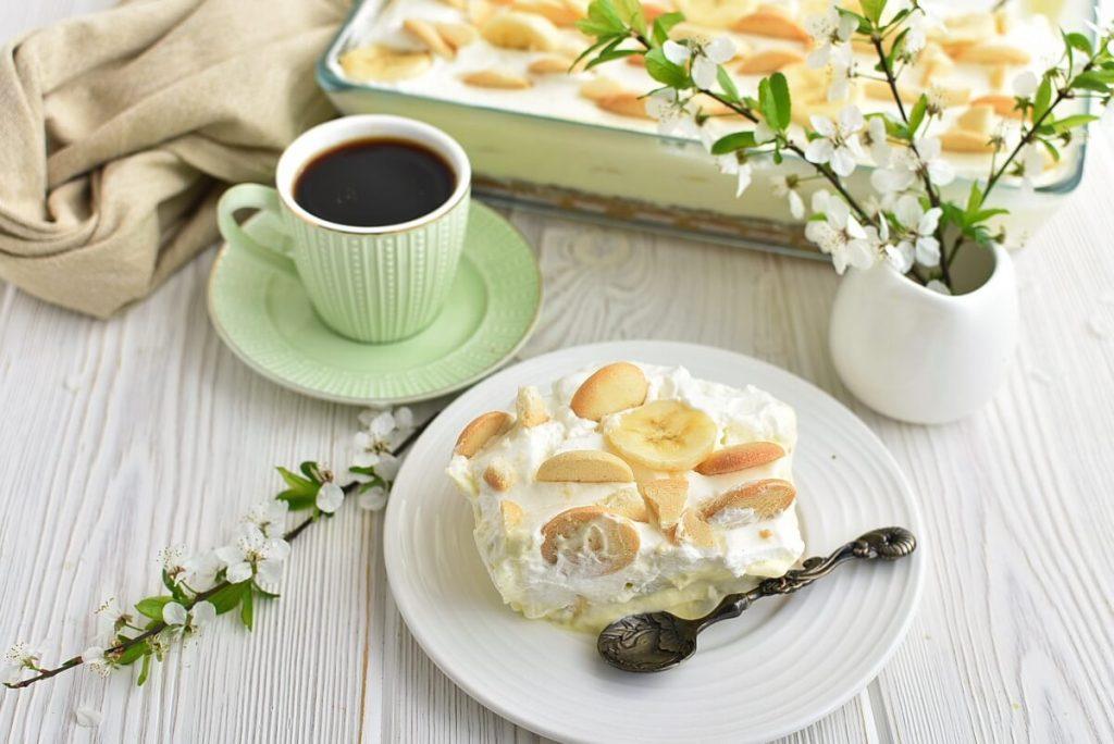 How to serve Banana Pudding Poke Cake