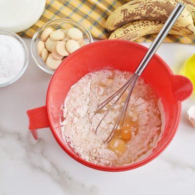Banana Pudding Poke Cake recipe - step 2