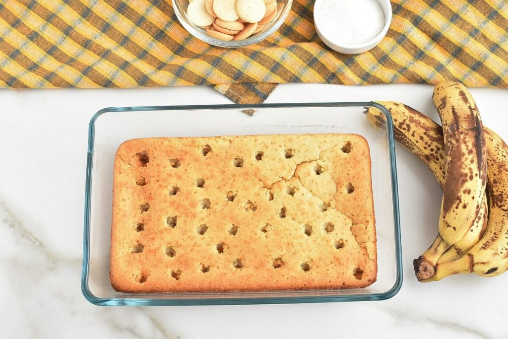 Banana Pudding Poke Cake recipe - step 6