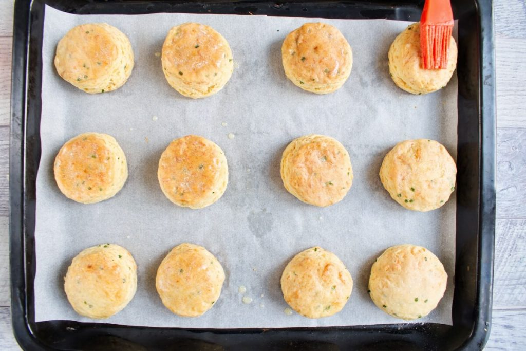 Cheddar Chive Biscuits recipe - step 12