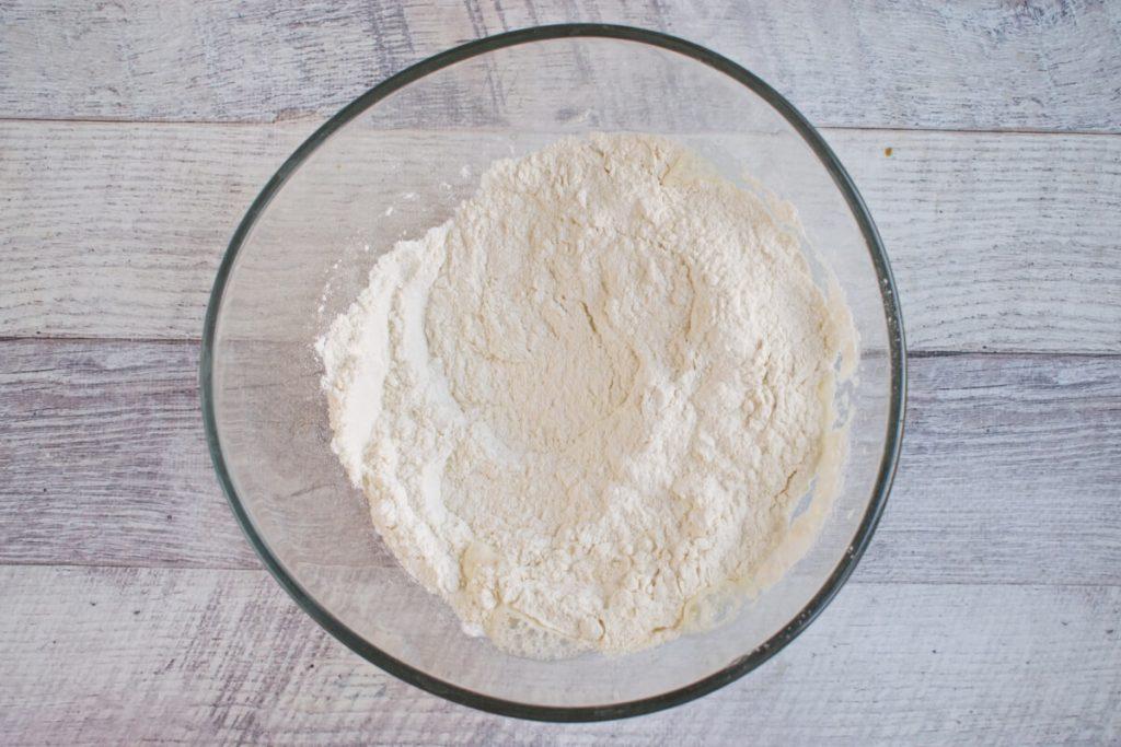 Cheddar Chive Biscuits recipe - step 2